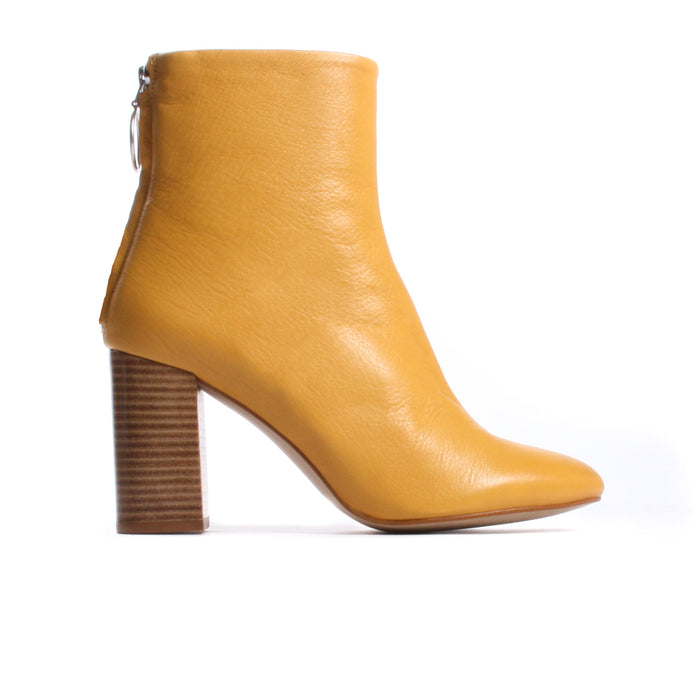 Mirta Mustard Leather