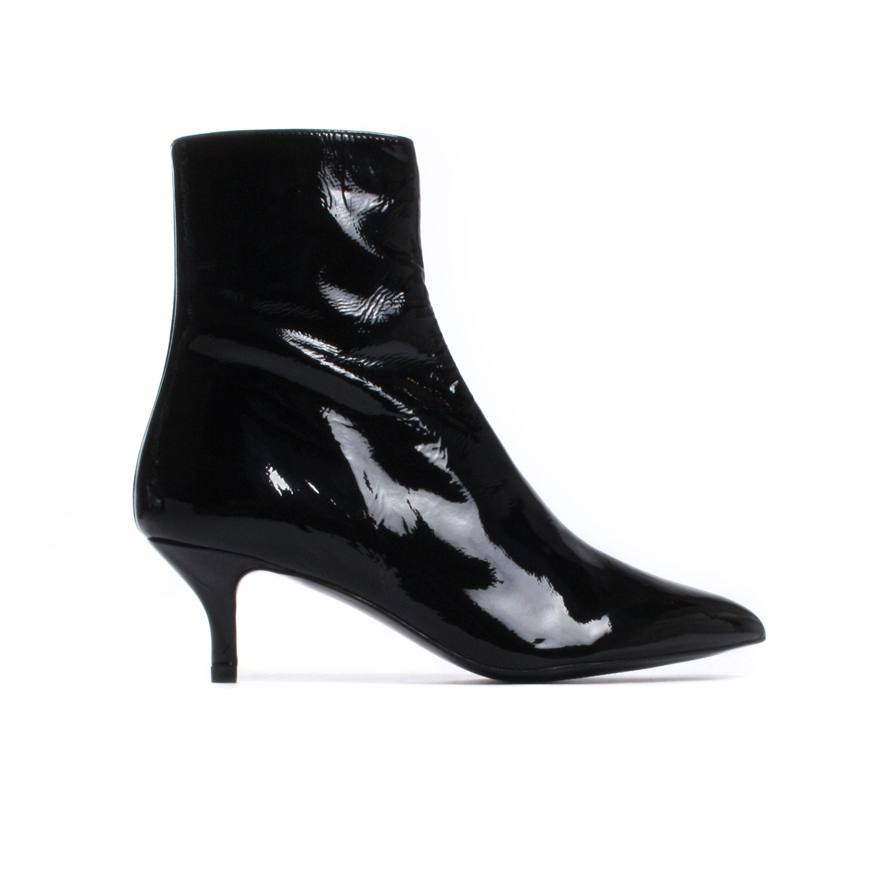 Pipasi Black Patent Leather