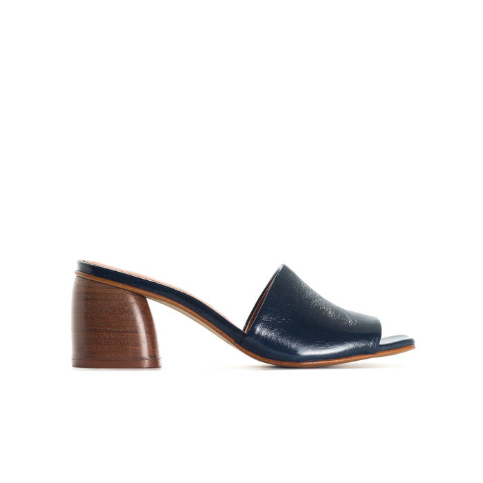 Shanaya Navy Leather Sandals