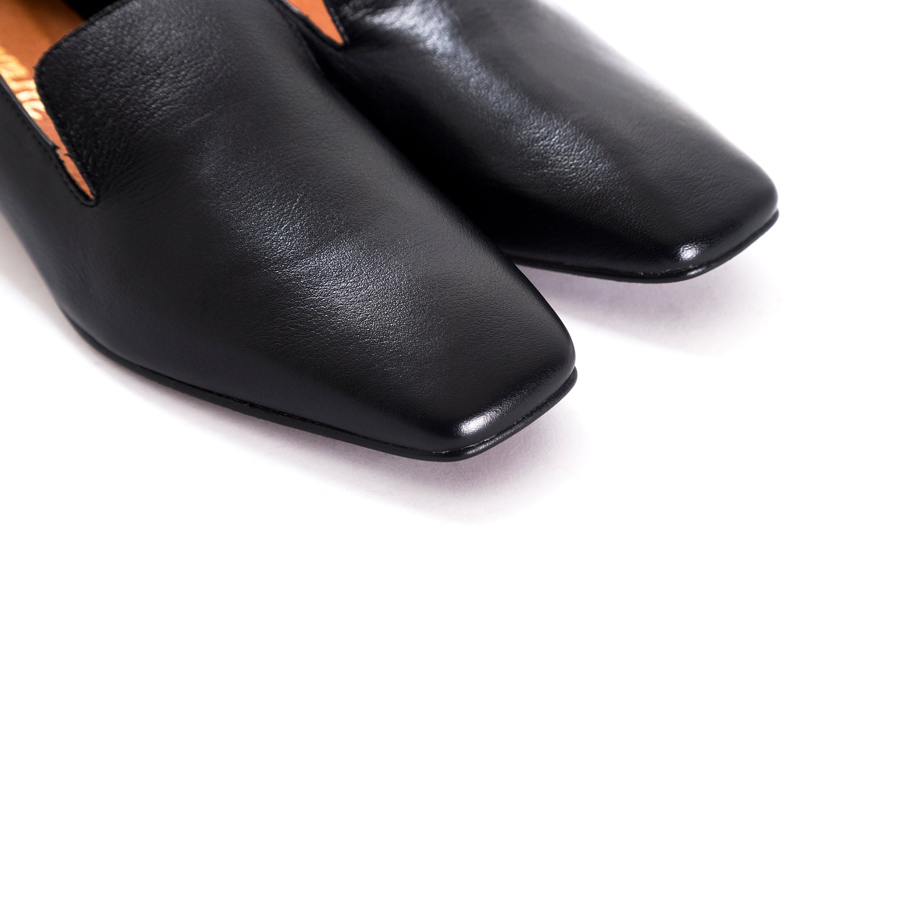 Shaya Black Leather Shoes