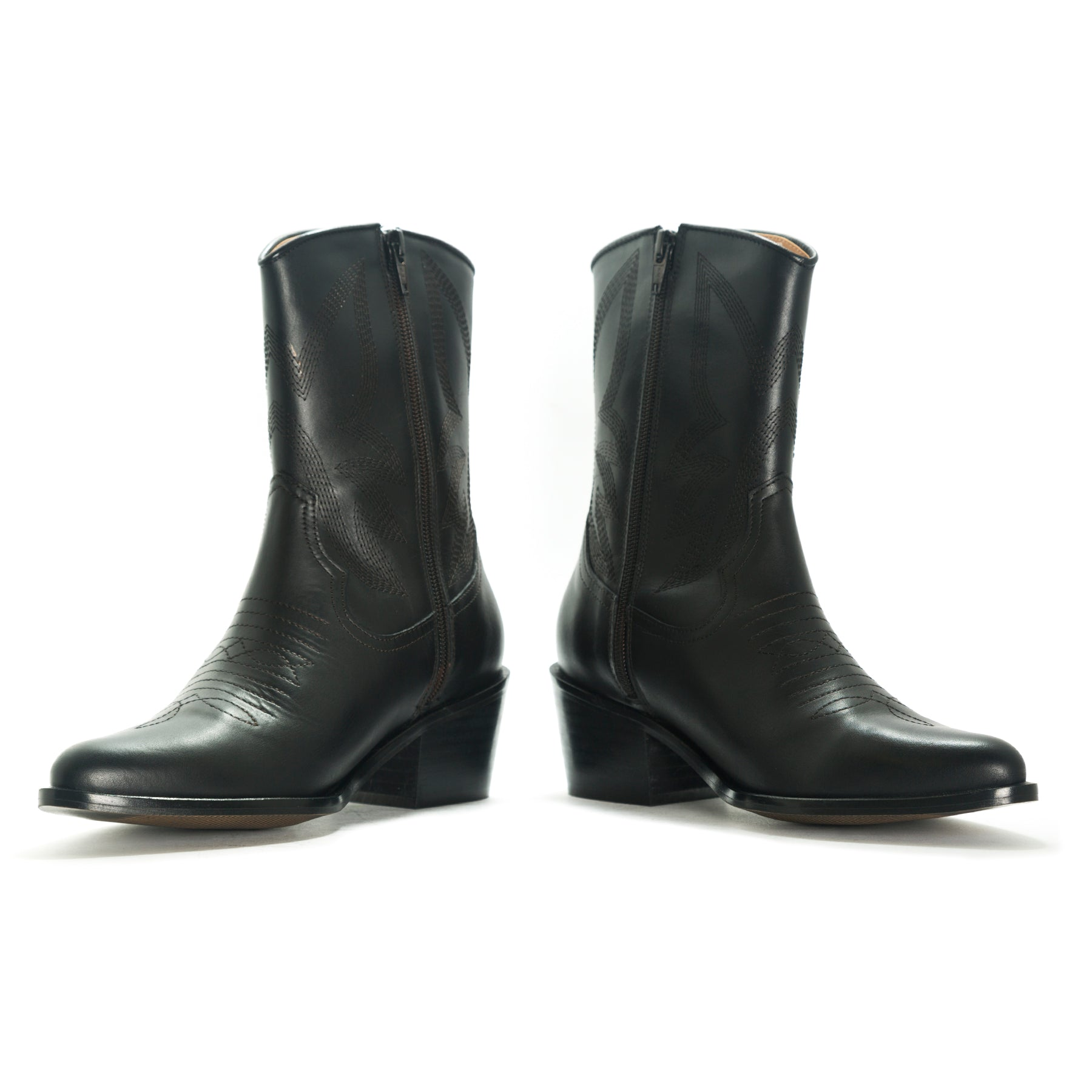 Our basics in your closet. Tary black cowboy booties
