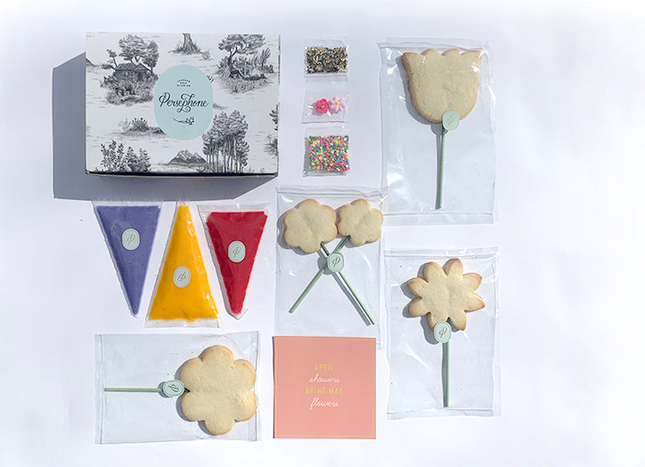 Spring Flowers <br> Cookie Decoration Kit