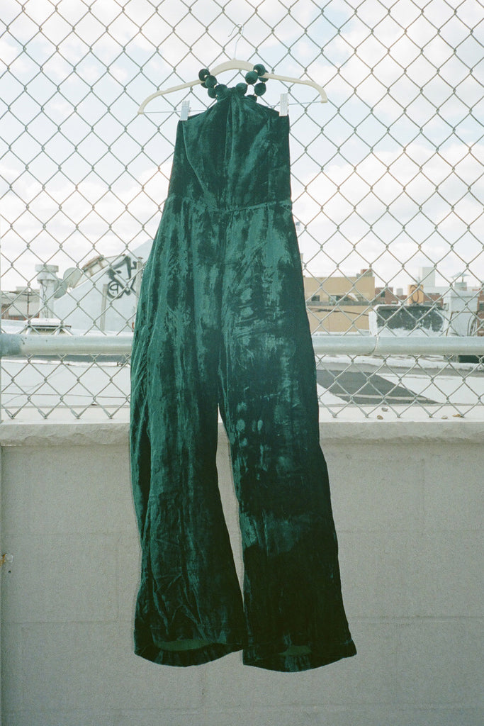 Samantha Pleet Pendant Jumpsuit - Emerald Silk Velvet at STATURE | staturenyc.com