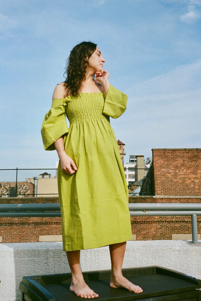Lisa Says Gah Toni Midi Dress in Olive Cotton Linen - Exclusive Petite Sizes at STATURE | staturenyc.com