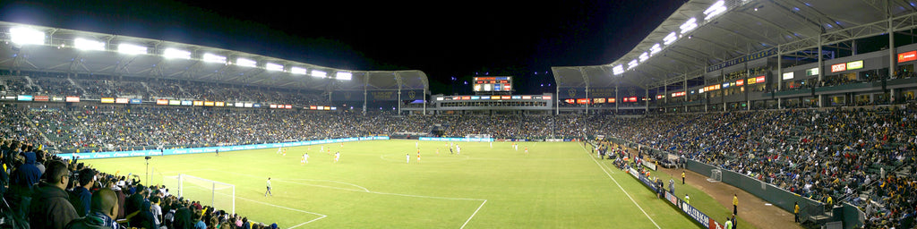 LA GALAXY VS. HOUSTON DYNAMO SOCCER GAME