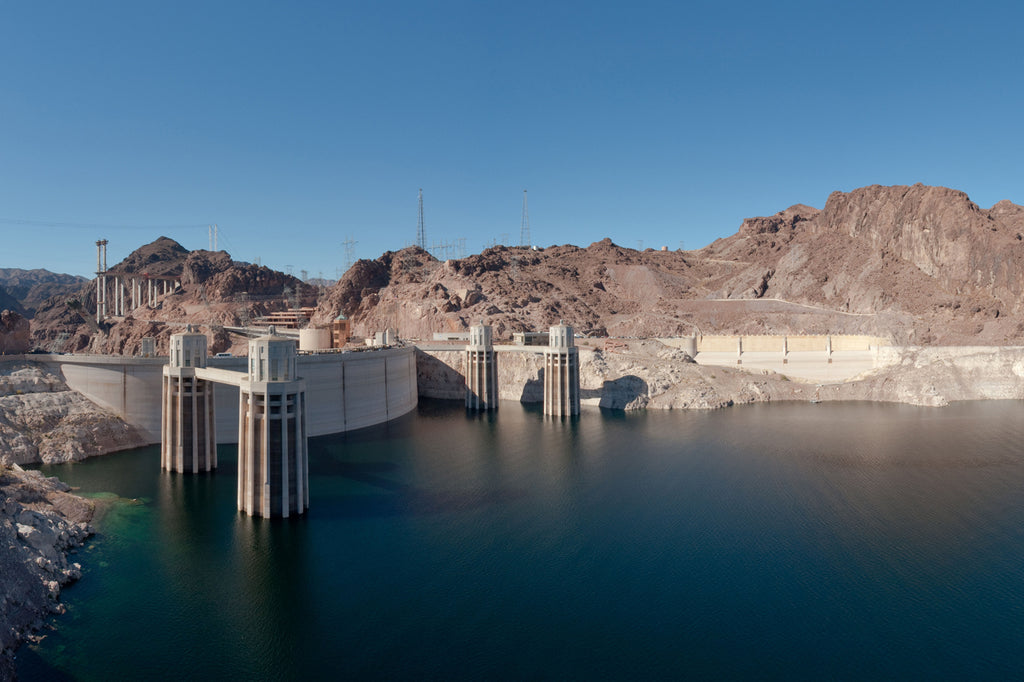 Hoover Dam from Arizona