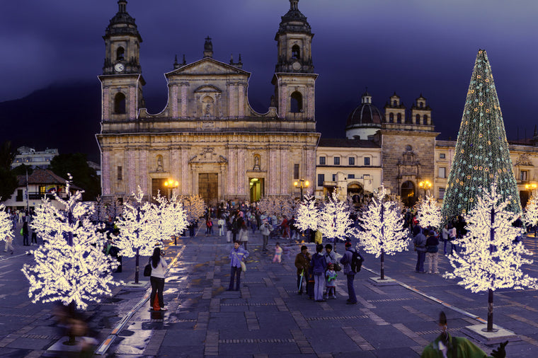 Bolivar Square at Christmas Time
