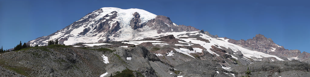 MOUNT RANIER PANORAMIC