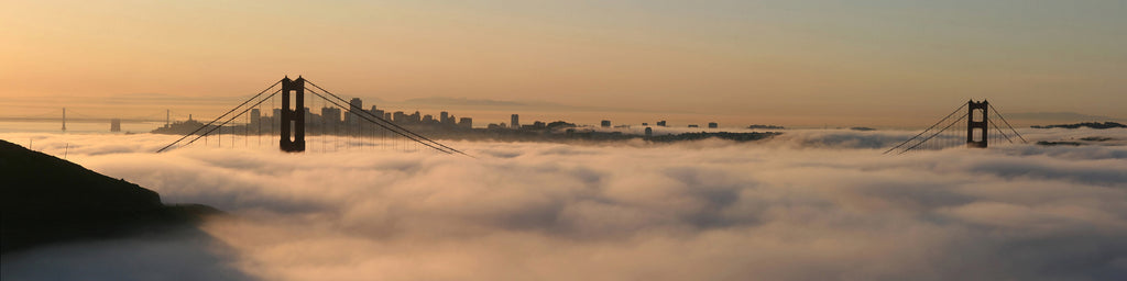 SAN FRANCISCO SKYLINE IN THE CLOUDS