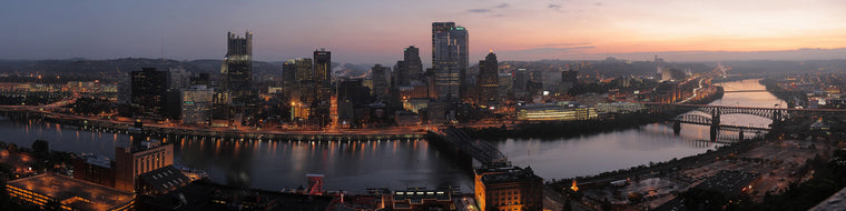 PITTSBURGH SKYLINE AT SUNSET