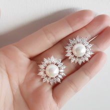 ARIA Statement Pearl Stud Earrings