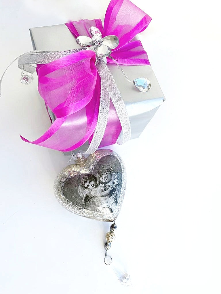 GLASS ANGEL HEART ORNAMENT in a Box