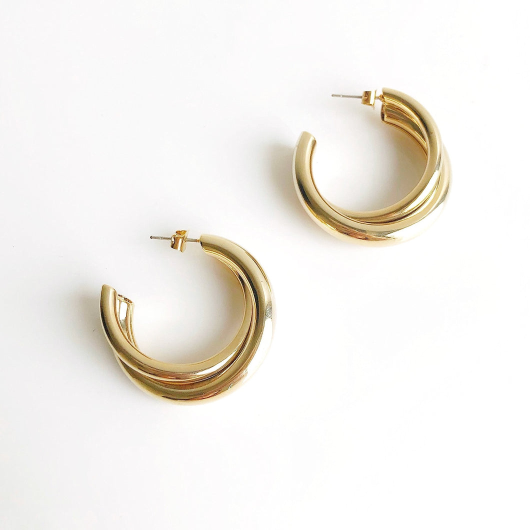 DANA Thick Small Hoop Earrings