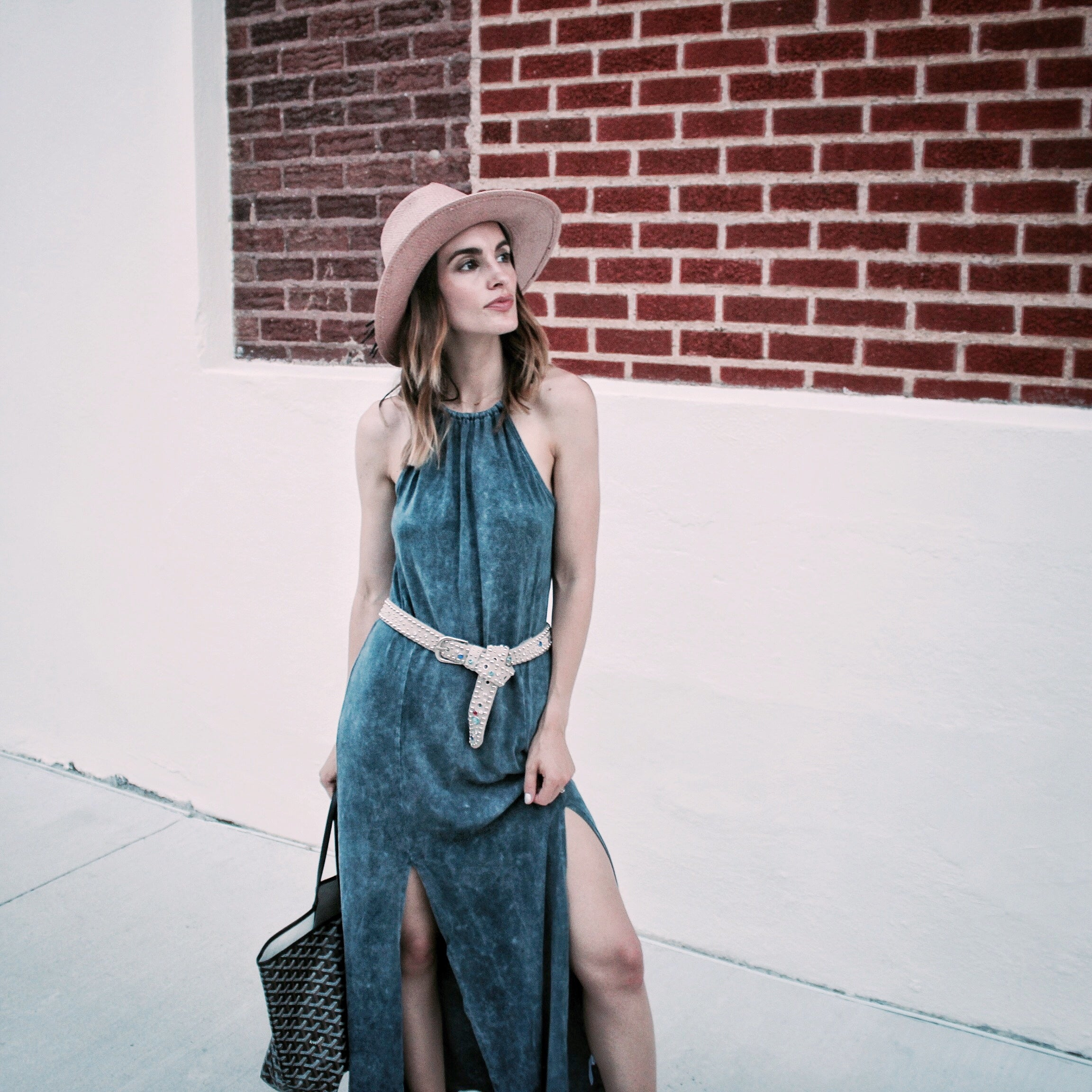 Effortless Style - halter dress