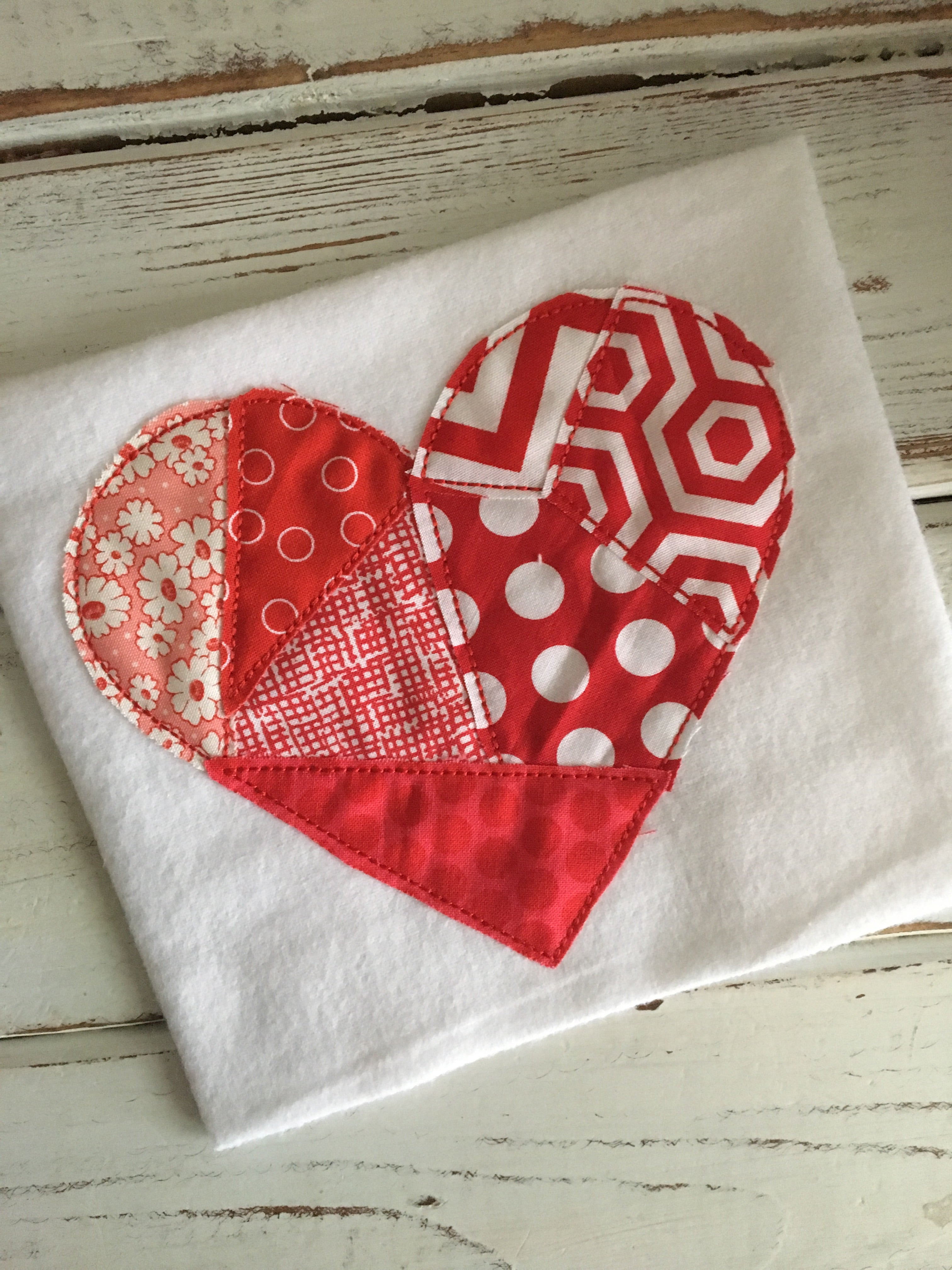Pieced Heart Applique Design - Hug A Bug Applique Designs