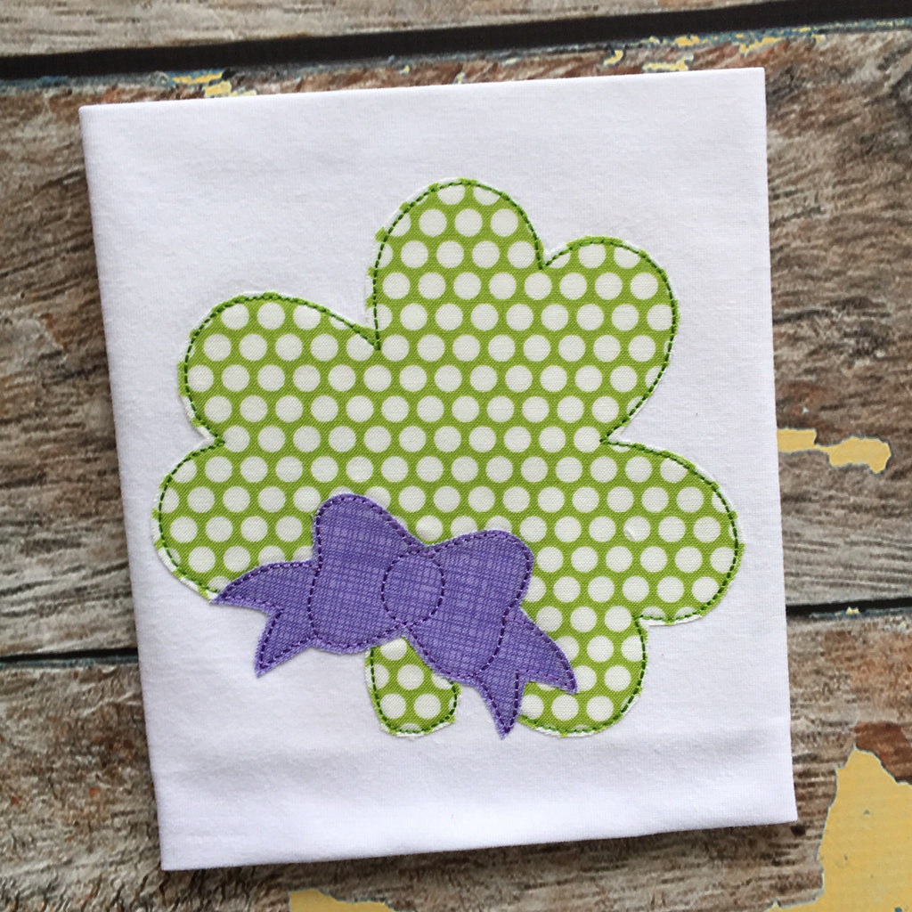 Shamrock Bow Bean Stitch Applique Design
