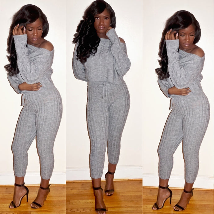 Knitted pant set