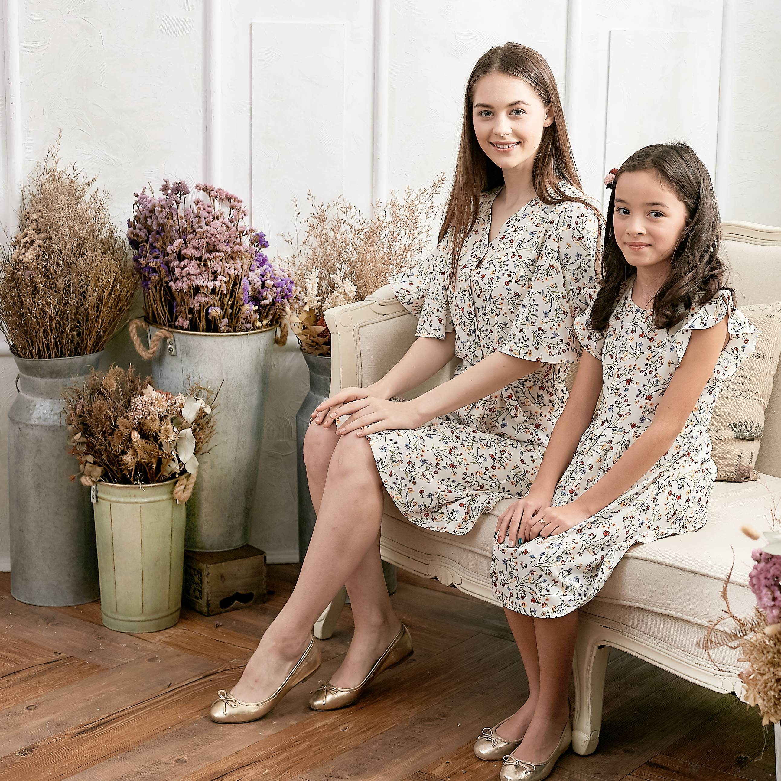 (Mommy & Me) Flutter Sleeve Floral Dress (set of 2) - Bunny n Bloom Mommy & Me Dress