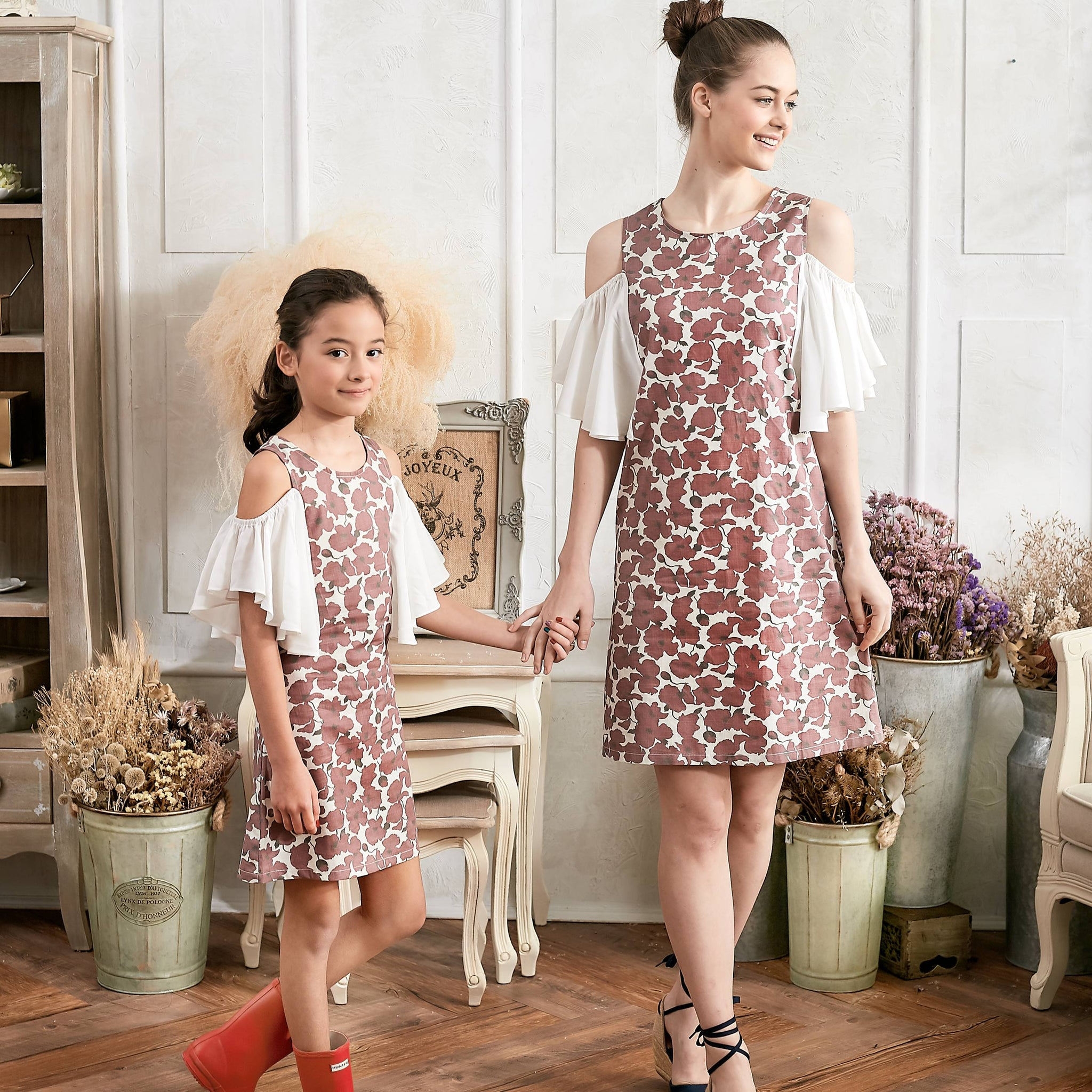 (Mommy & Me) Cold Shoulder Floral Dress (set of 2) - Bunny n Bloom Mommy & Me Dress