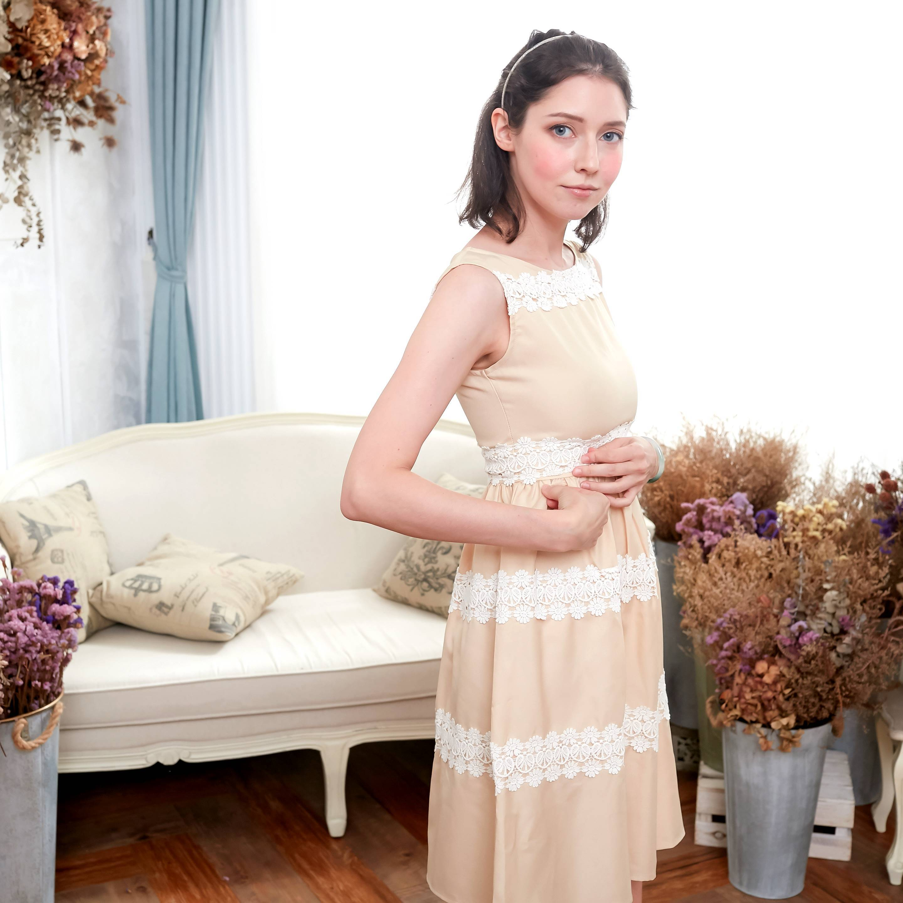 Elegant embroidered dress (beige) - Bunny n Bloom Mommy & Me Dress