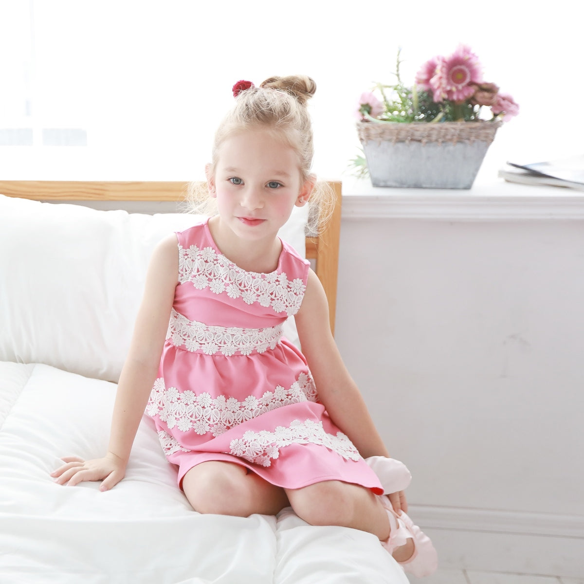 Elegant embroidered dress  (pink / beige) - Bunny n Bloom Mommy & Me Dress