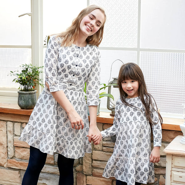 (Mommy & Me) Blue floral-print dress