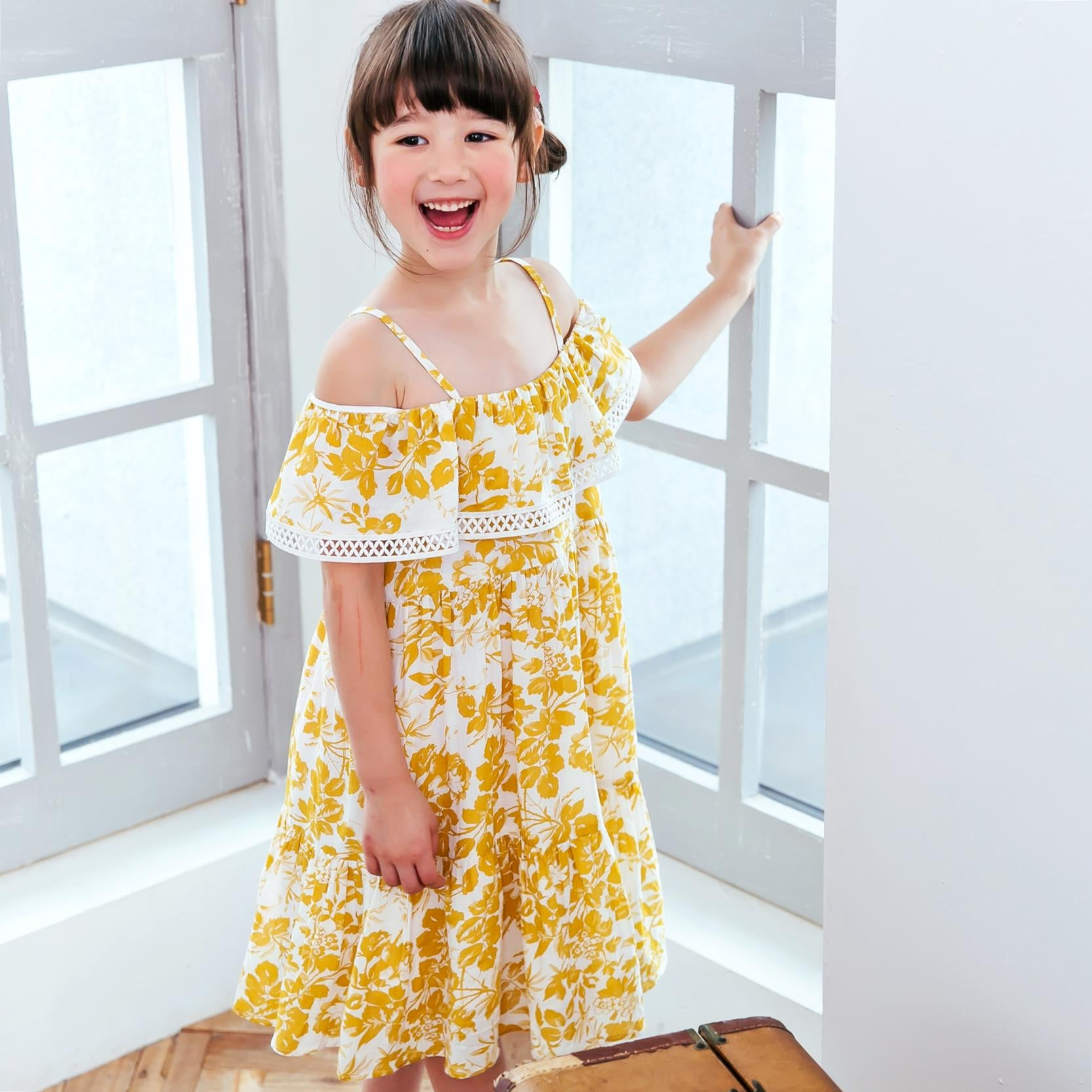 (Mommy & Me) Yellow floral dress (set of 2)