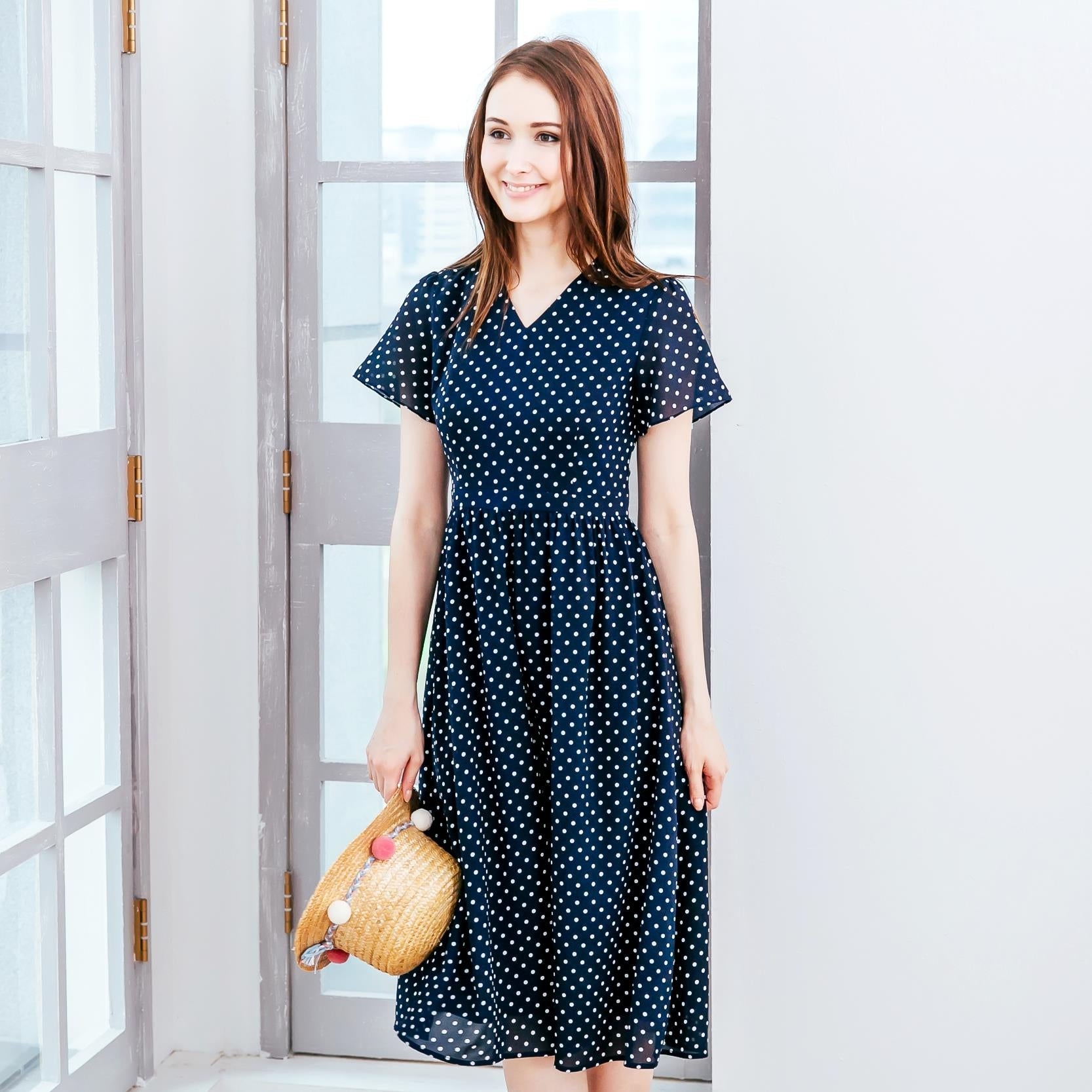 (Woman) Navy polka-dot midi dress