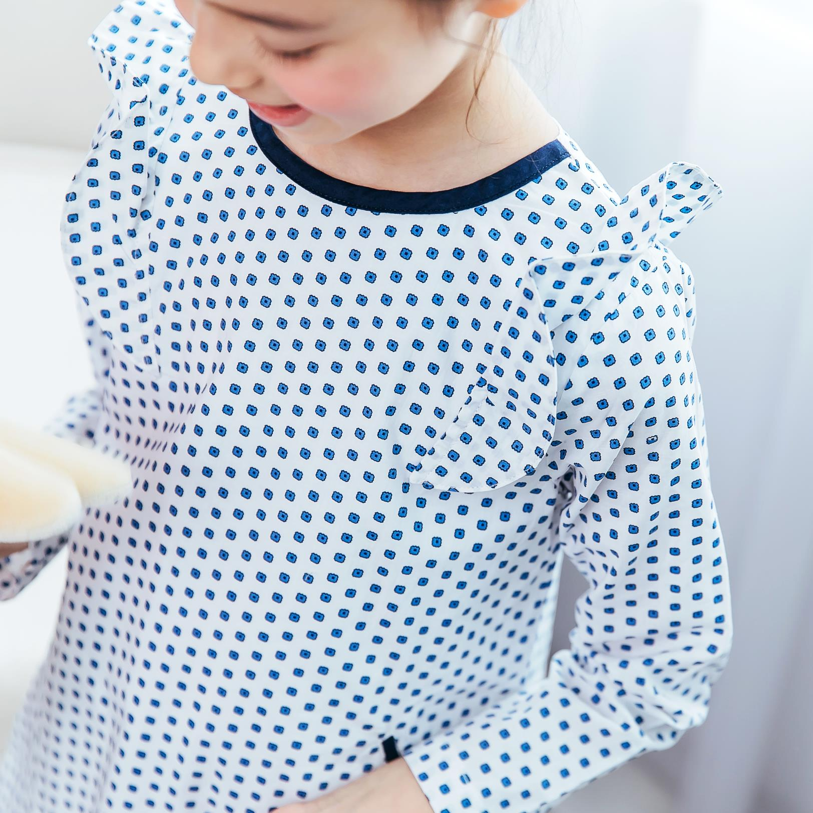Girl polka-dot flutter sleeves dress