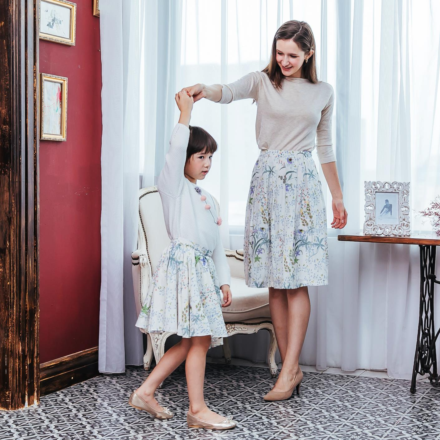 (Mommy & Me) Floral midi skirt (set of 2)