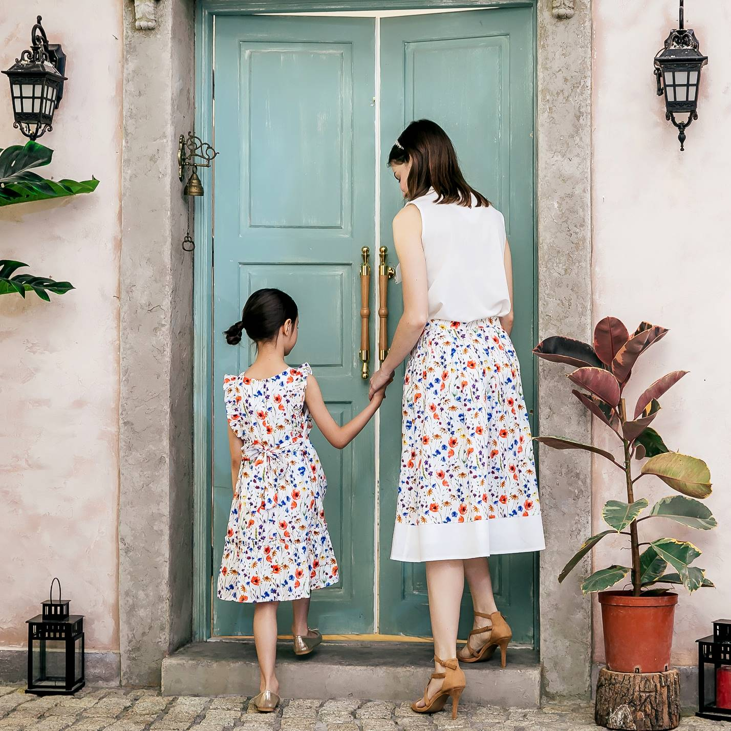 Mommy and Me- Mommy & Me floral dress n skirt set (set of 2)
