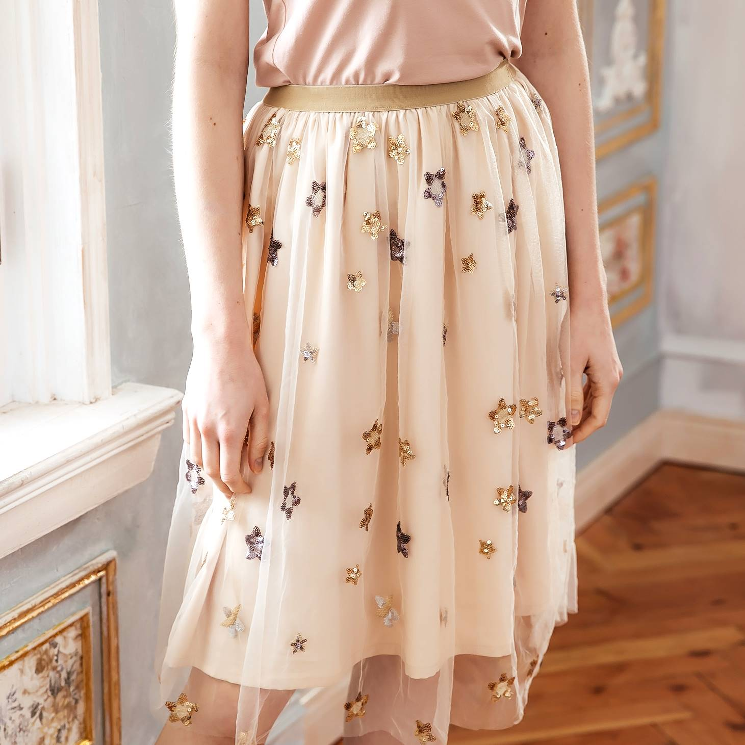 Woman skirt- Elegant embroidered skirts
