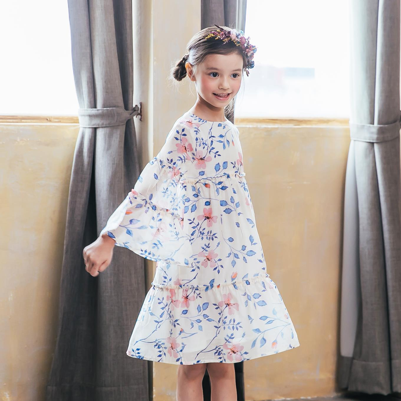 Girl floral bell-sleeves dress