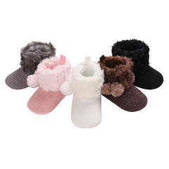 Winter PomPom Booties