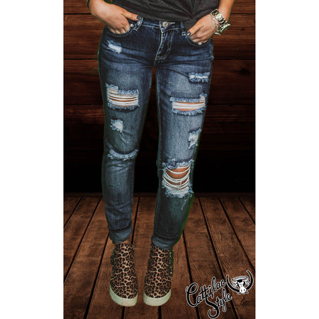 Distressed Mid-Rise Dream Skinny Jean