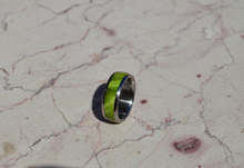 Green Peridot Exotic Wood Titanium Wood Ring 8mm Mens or Ladies Wedding Bands Size 4 5 6 7 8 9 10 11 12 13 14 15 16 17 18 19 20 Half Sizes