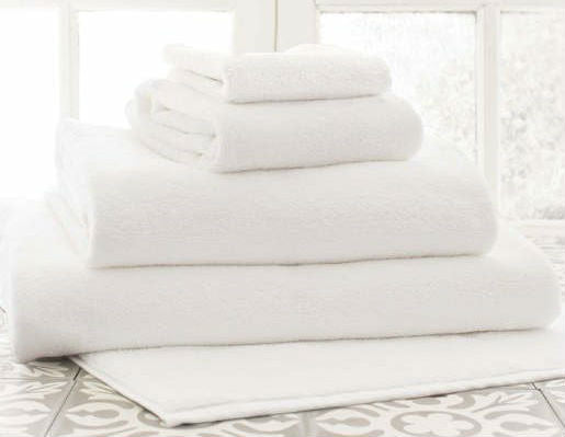 White Towels for Airbnb Hosts and Vacation rental set ups