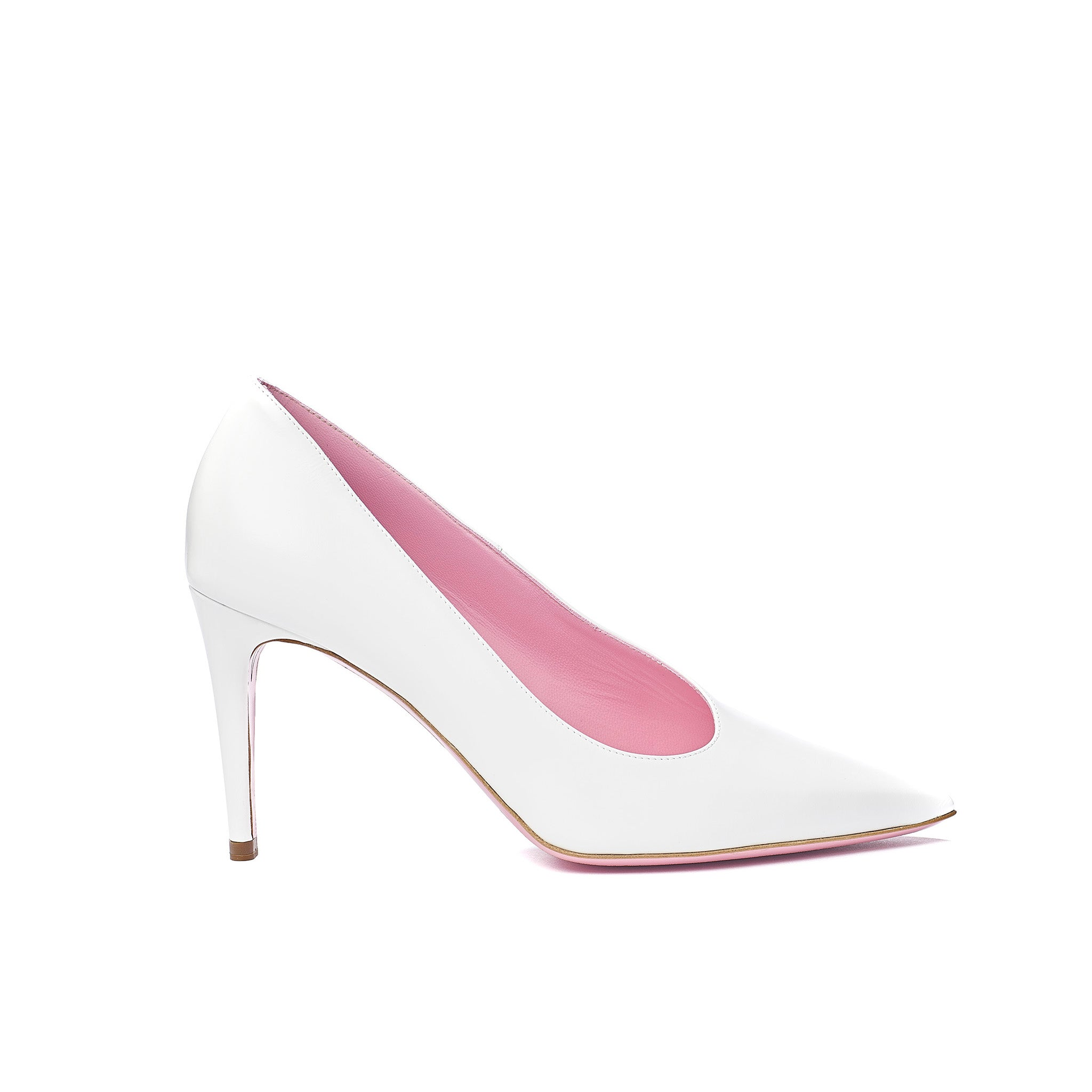 Phare Asymmetrical pump in chalk leather