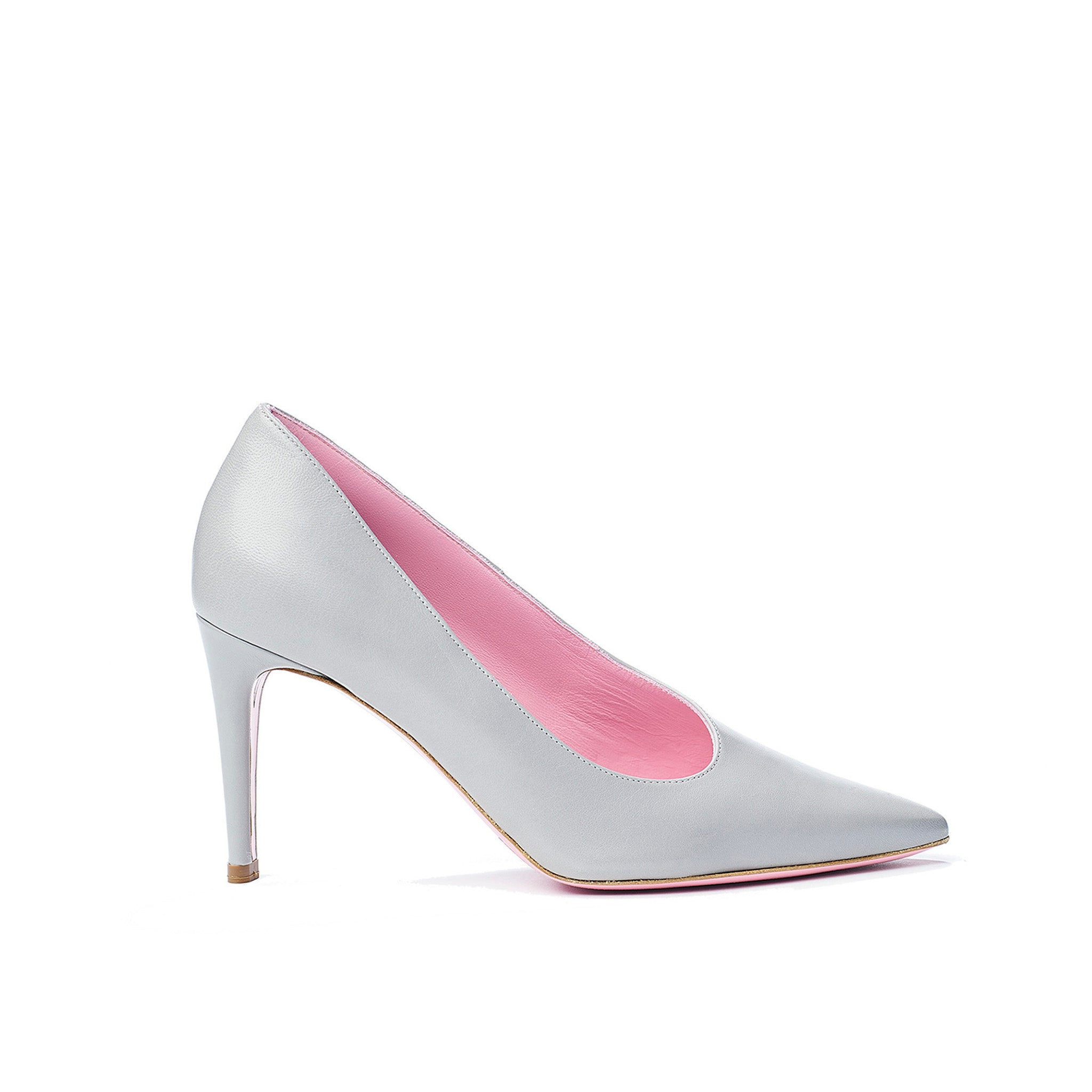 Phare Asymmetrical pump in grigio leather