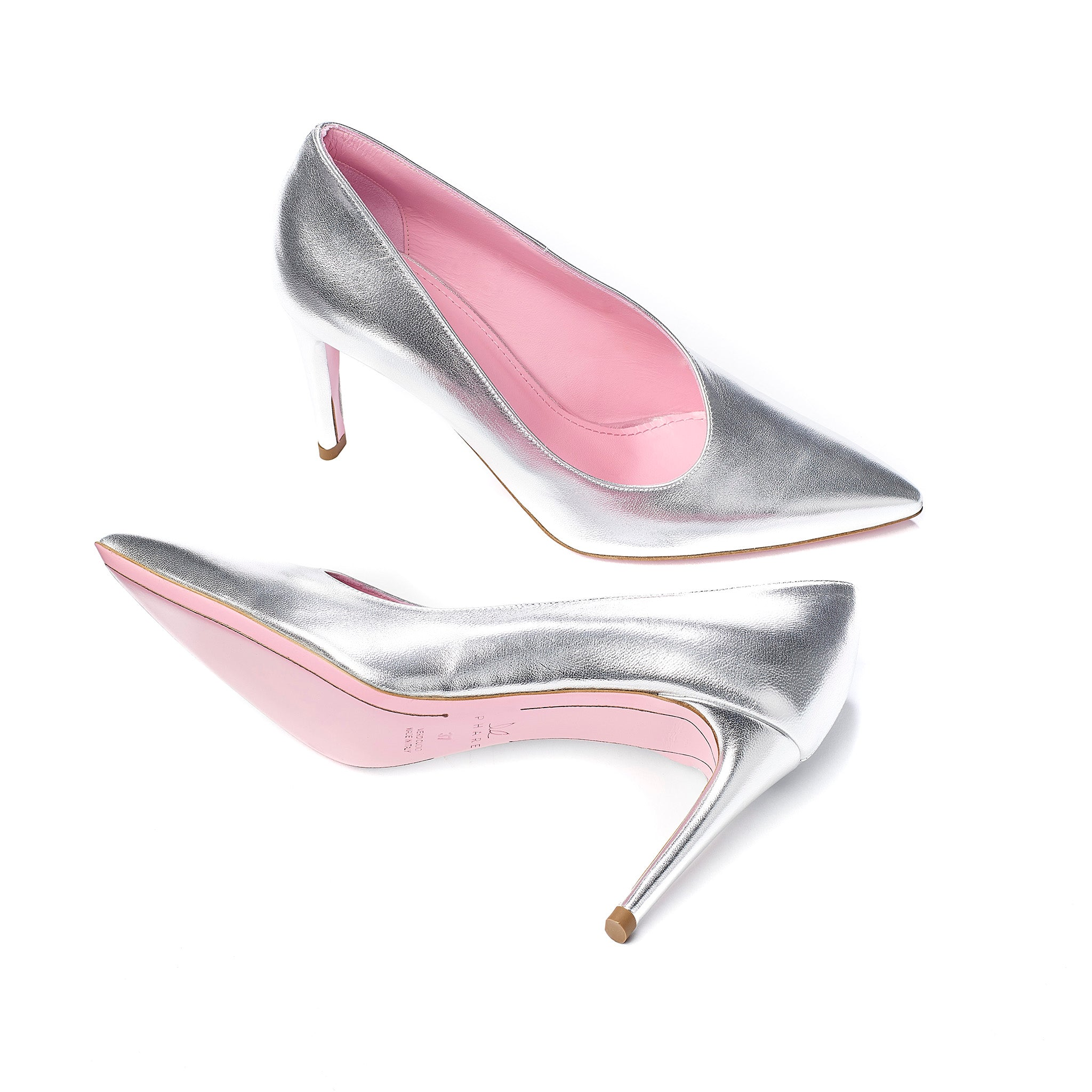 Phare asymmetrical pump in metallic silver leather sole view