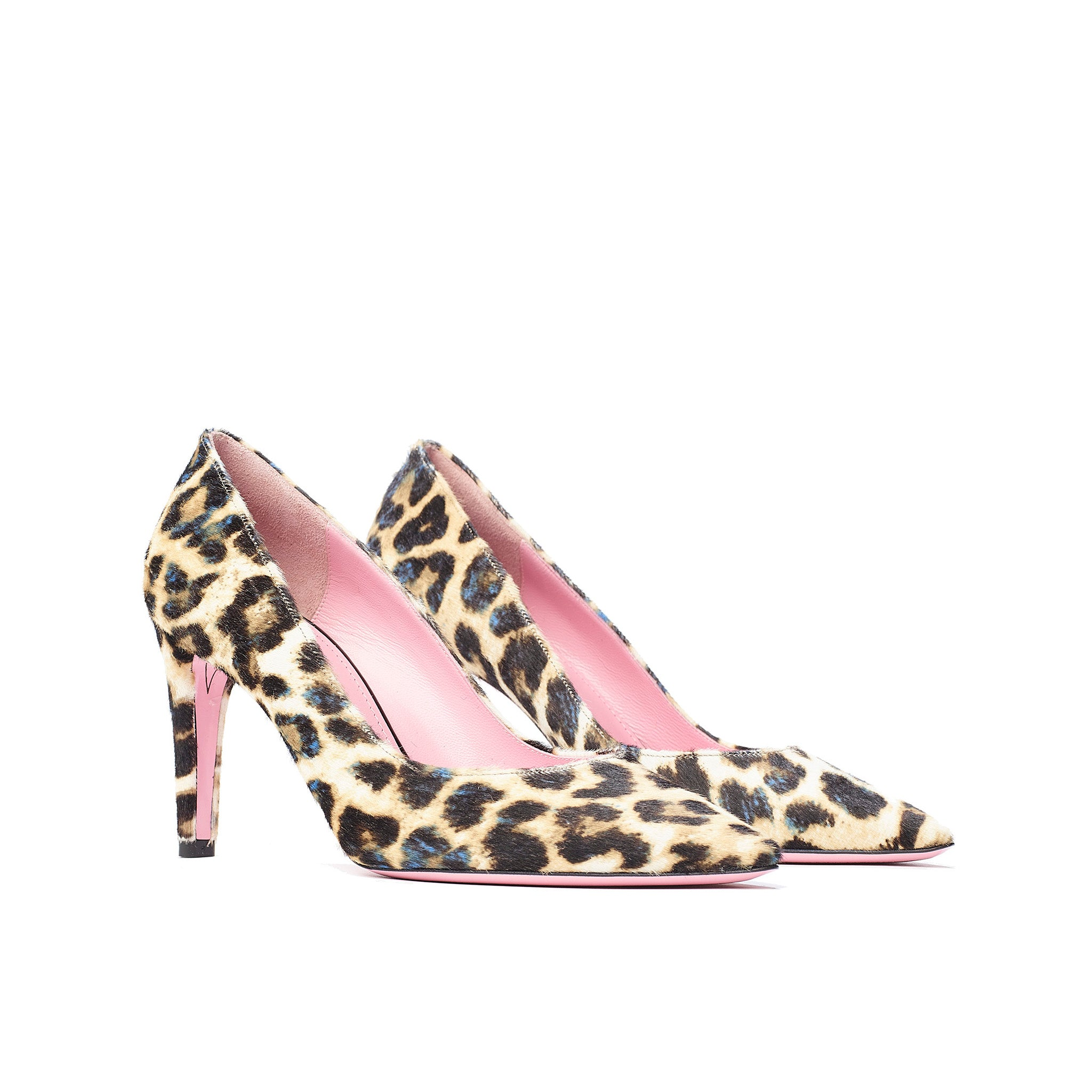 Phare classic pump in leopard pony hair 3/4 view