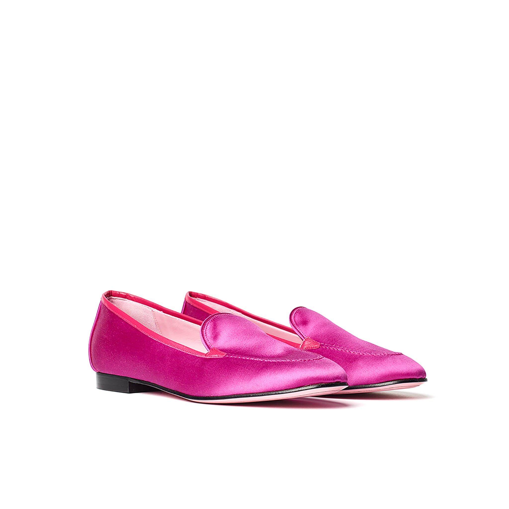 Phare classic loafer in magenta silk satin 3/4 view