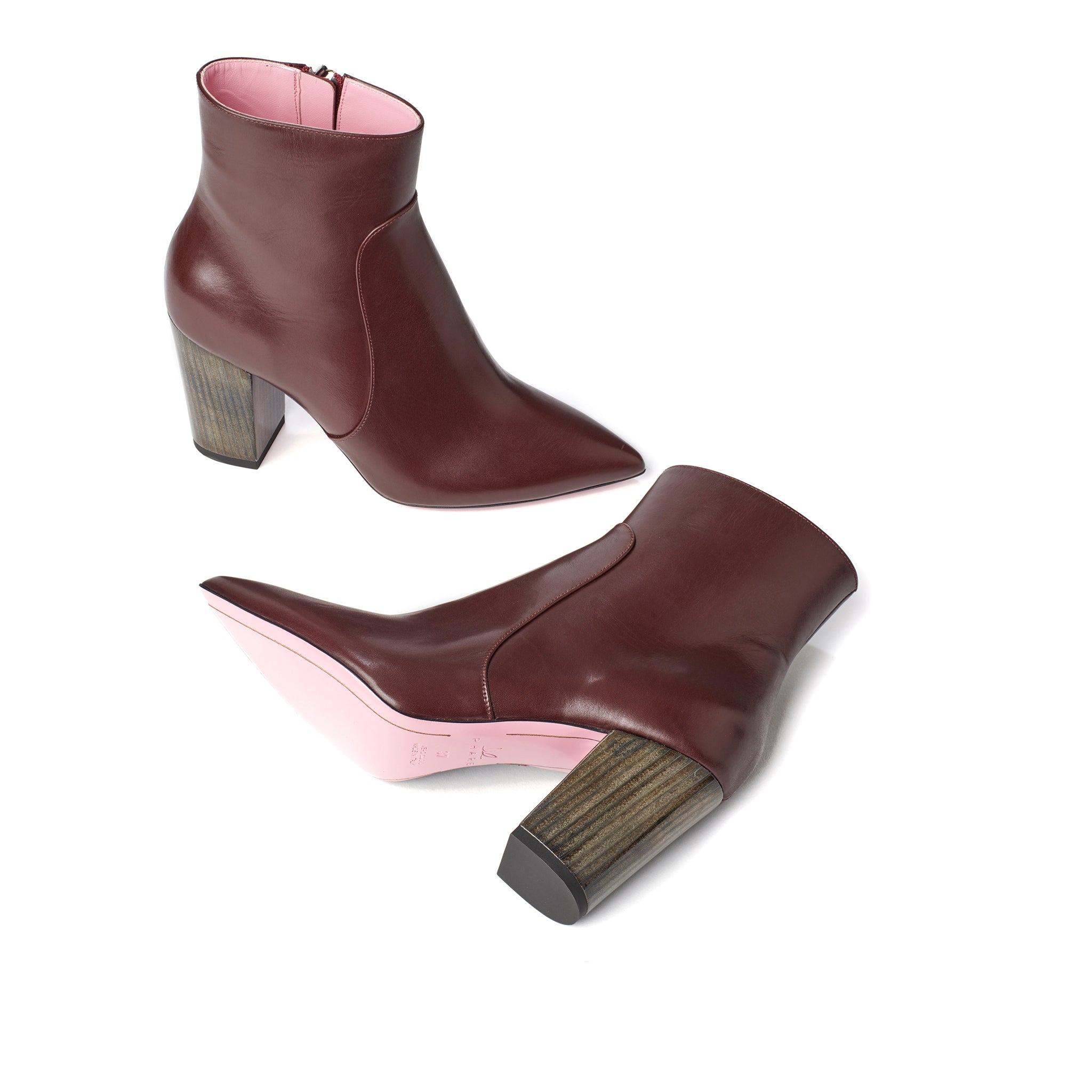 Phare Pointed block heel boot in bordeaux leather made in Italy sole view