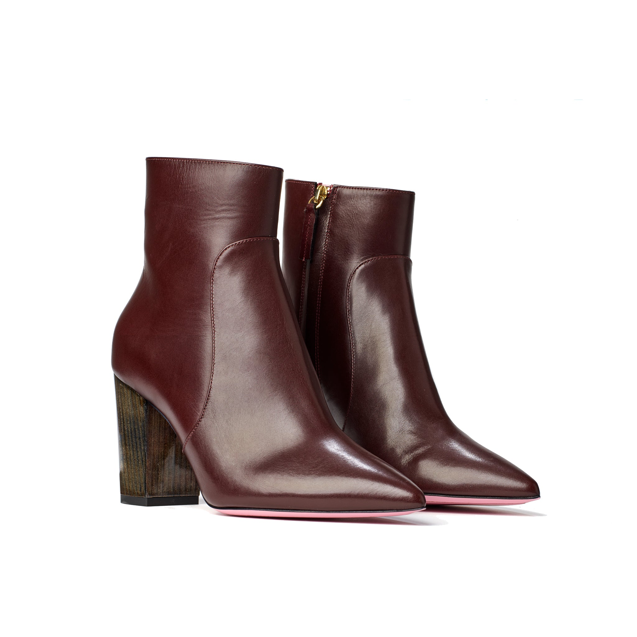 Phare Pointed block heel boot in bordeaux leather made in Italy 3/4 view