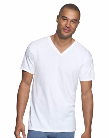 Hanes Classics Men's Traditional Fit ComfortSoft® TAGLESS® V-Neck Undershirt