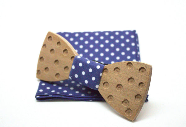 The Rony Round Wooden Bow Tie