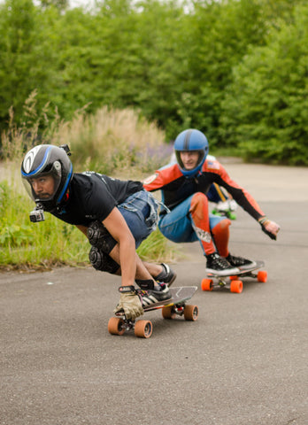 Ryan Villa and John Slugg racingl longboards