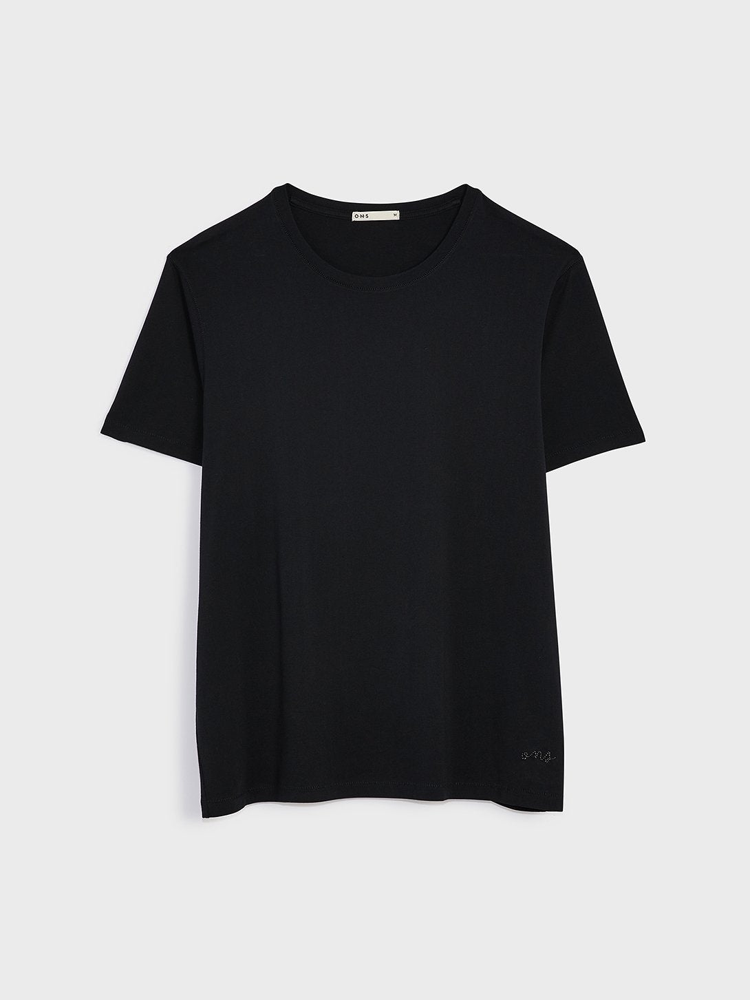 ons village crew neck tee Black 100% Supima Cotton, Pre-shrunk cotton. Round-neck men's Tee