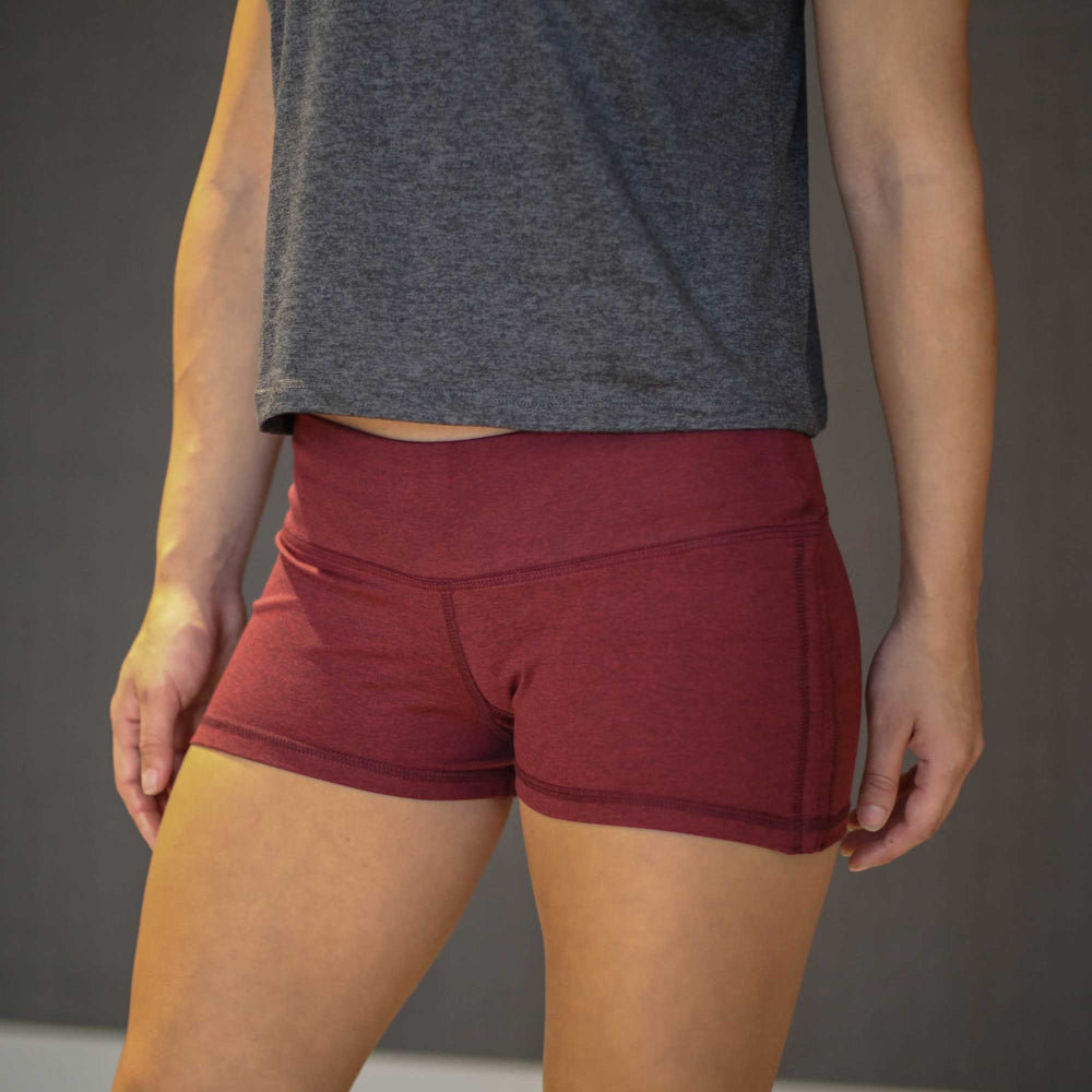 Elevate Short (Brick Red)