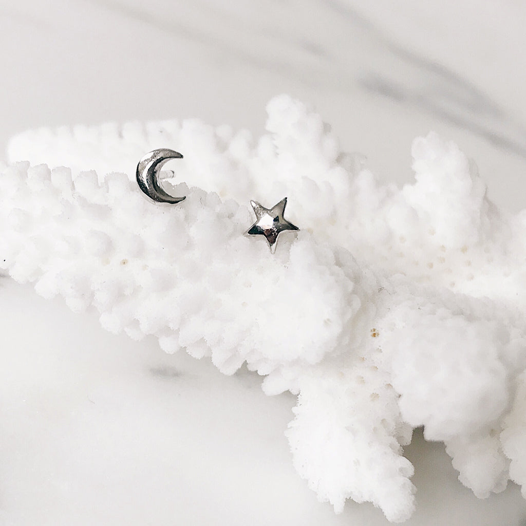 tiny star moon silver studs ear stud earrings